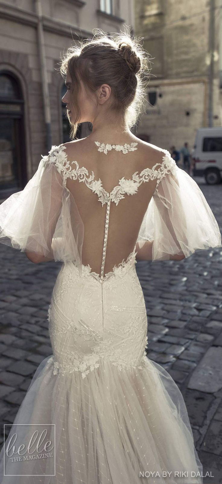 Noya by Riki Dalal Bridal 2018 Shakespeare Collection - never getting married but beautiful