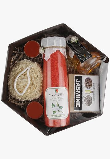 Pamper yourself with the handmade jasmine soap and the soft luffa sponge to make your skin supple. Also enjoy massaging the refreshing and soothing aroma oil on your skin to make it smoother and beautiful. The products in this basket suit all skin types.