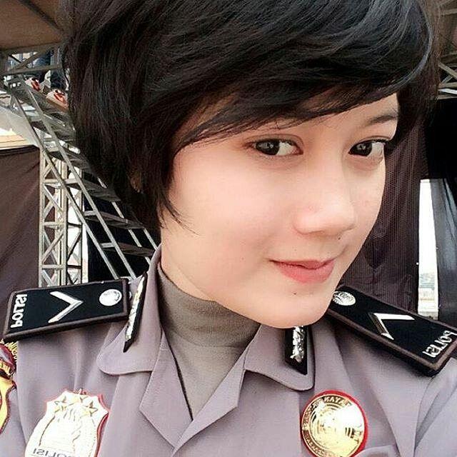 Ibuk polwan #polisi #tentara #ganteng #cantik #indonesia #awesome #handsome #sexy #style #uniform