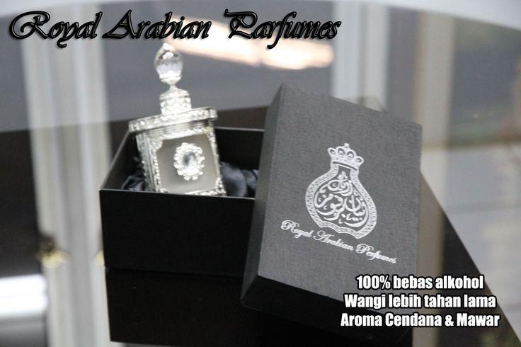 Royal Arabian Parfumes Royal Arabian merupakan parfum tanpa alkohol yang langsung di impor dari Dubai. Koleksi parfum berkualitas, tahan lama dan tanpa alkohol. Dikemas dalam botol unik dan elegan. Aroma Cendana sangat cocok untuk laki-laki dan aroma Mawar sangat cocok untuk wanita Royal Arabian Parfumes dapat digunakan untuk beribadah Haji, Umroh atau ke masjid serta dipakai sehari-hari Parfum impor dari Dubai Isi 13 cc / botol Harga hanya Rp 275.000