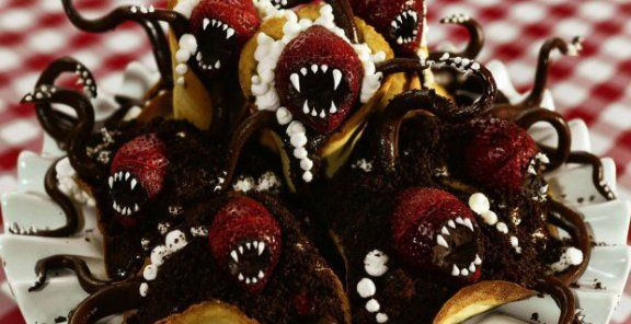Incredible (and creepy) desserts | KitchenDaily.ca
