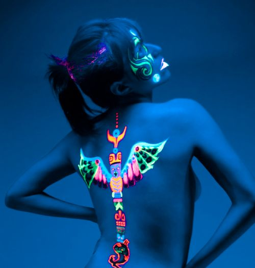 neon tribal body paint - ✯ www.pinterest.com/WhoLoves/Body-Art ✯ #BodyArt