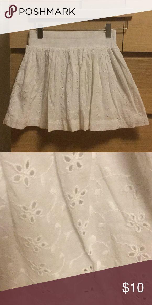 Aeropostale embroidered skirt Elastic waist. Cotton Aeropostale Skirts Mini
