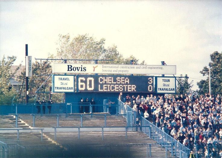 @Oldskoolawayday @ChrisC_CFC @chelseadave2 Chelsea v Leicester - @Real_KerryDixon with 2 and @PatNevin with the third