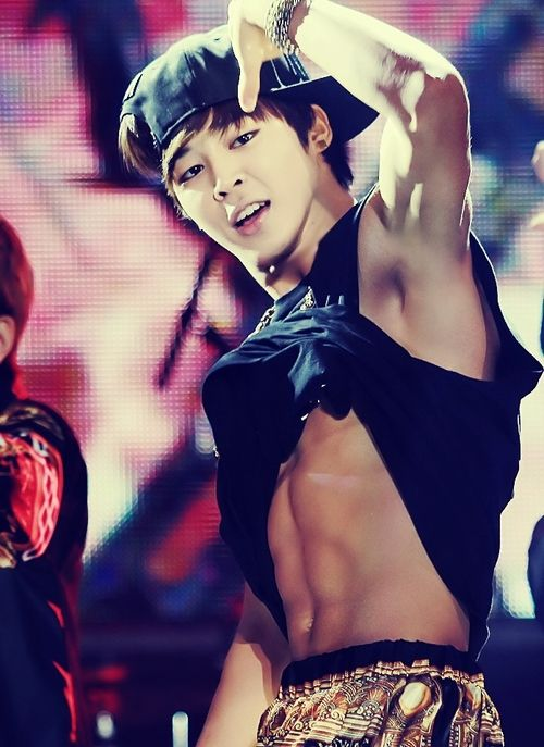 Does Jimin shave his armpits? if he does then thank you!! I find armpit hair to be such a turn off, not manly at all.