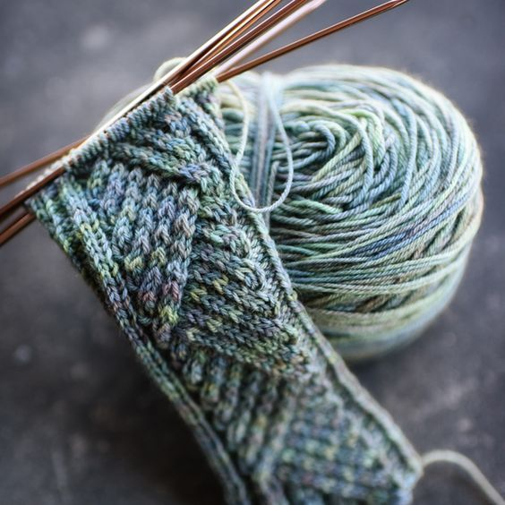 Tacit adjective - understood or implied without being stated     by Hunter Hammersen - pattern available via Ravelry for a week fee. Lovely stitches. buy it now