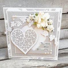 @piabaunsgaard har lavet det smukke bryllupskort med stempler, papir og dies fra #threescoopsdk. Jeg er blæst helt bagover hvor fint det er. #threescoopsdk #homemadecard #cardmaking #cardmakinghobby #stempler #clearstamps #paperdesign #dies