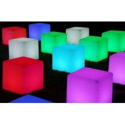 Cubo lámpara led, uso exterior e interior
