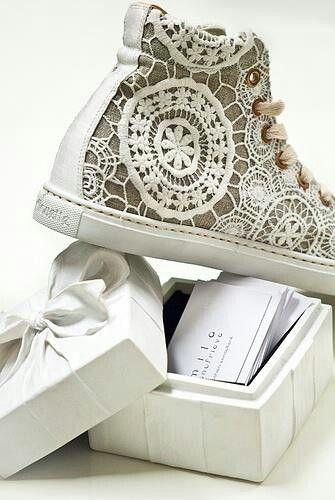 Wedding chucks... #Braut #Hochzeit