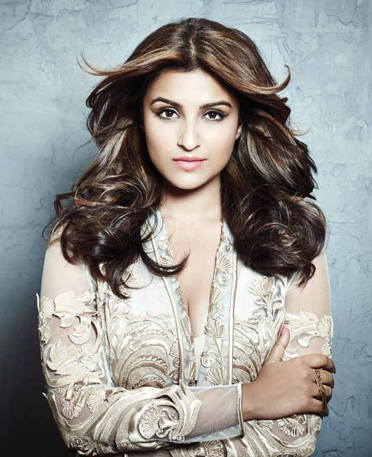 Parineeti Chopra hot  Www.topmoviesclub.com   Visit our website and download Hollywood, bollywood and Pakistani movies and music plus lots more.