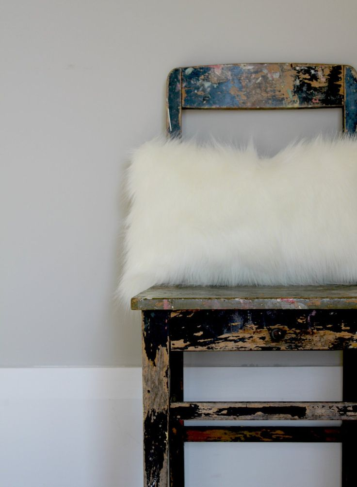 White Fox Faux Fur Pillow,  Off white fur pillow, pillow, faux fur cushion cover, winter decor, fur decor by northwestdecor on Etsy https://www.etsy.com/listing/206202552/white-fox-faux-fur-pillow-off-white-fur