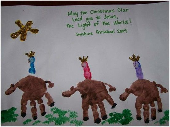 the wise men hand print craft - this would be great to do for our sponsored kids at Christmas!  Or the Preschoolers at church!