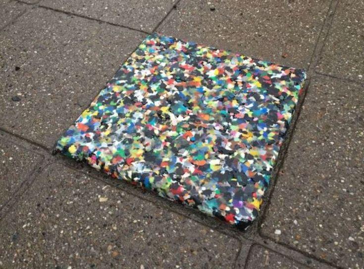 Frisch gebackene Plastikfliesen für alle! | Hackaday