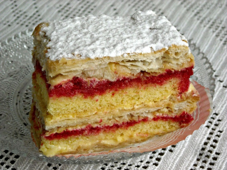 """The """"diplomats"""" are delicious pastries square or rectangular, made of puff pastry, custard and sponge cake soaked with alchermes(Italian liqueur prepared by infusing neutral spirits with sugar, cinnamon, cloves, nutmeg and vanilla)"""