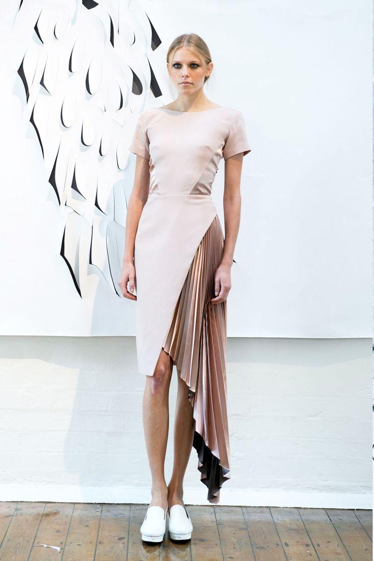 Georgia Hardinge Spring/Summer 2016 Ready-To-Wear Collection | British Vogue