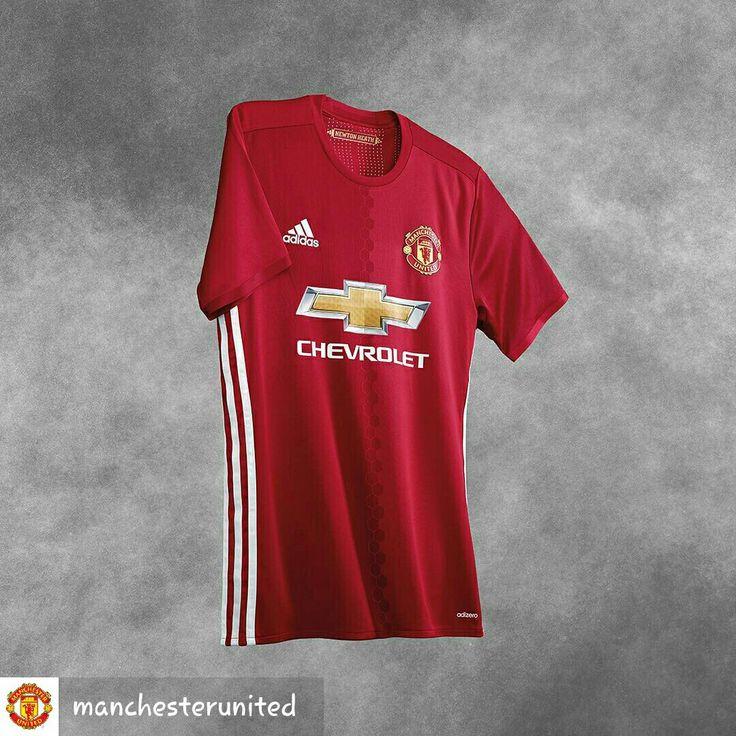 16/17 manchester united home kit