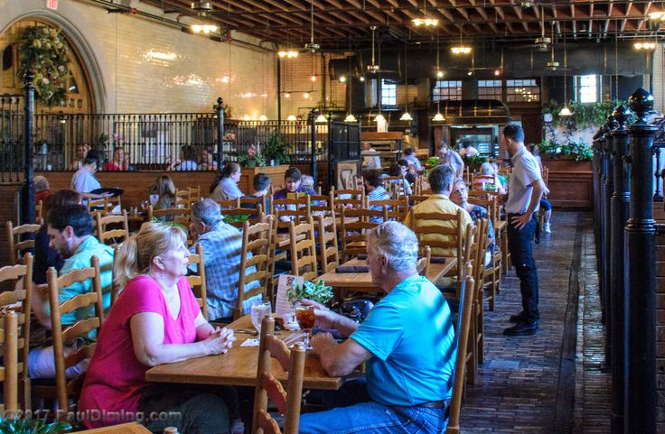 https://flic.kr/p/VEFWyx   Stable Cafe @ Biltmore Estate - Asheville, NC   All Images © 2017 Paul Diming - All Rights Reserved - Unauthorized Use Prohibited.  Please visit www.pauldiming.com!