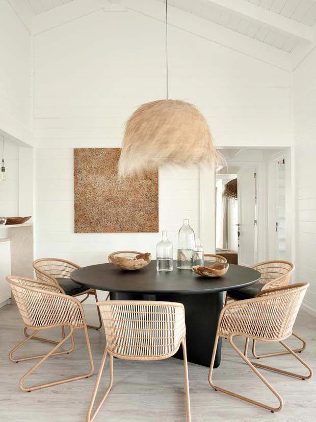 41 Amazing Dining Room Minimalist Designs That Are Simply And Inspire Locate The Most E Round Dining Table Modern Minimalist Dining Room Dining Table Design