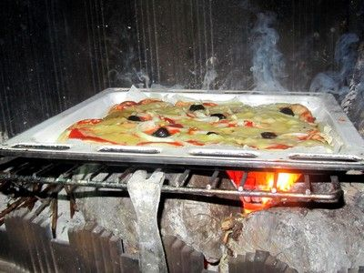 les 25 meilleures id es concernant pizza feu de bois sur pinterest cuisine exterieur barbecue. Black Bedroom Furniture Sets. Home Design Ideas