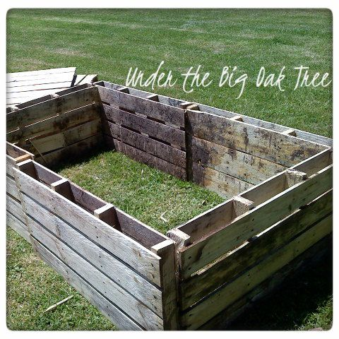 ~Under the Big Oak Tree~: Gardening Journal ~ Recycled Pallets for Garden Beds