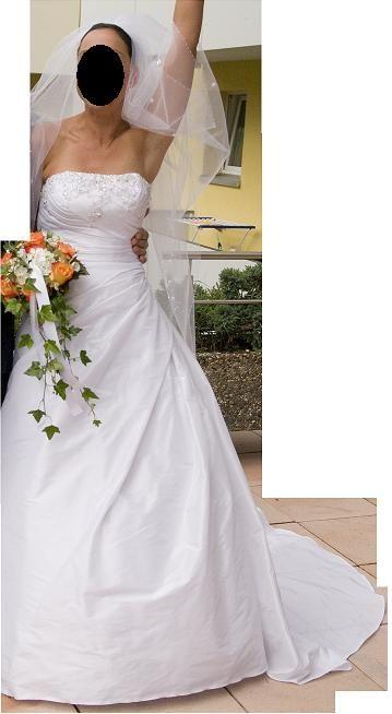 ♥ Brautkleid mit Reifrock weiß in Größe 36 ♥  Ansehen: http://www.brautboerse.de/brautkleid-verkaufen/brautkleid-mit-reifrock-weiss-in-groesse-36/   #Brautkleider #Hochzeit #Wedding