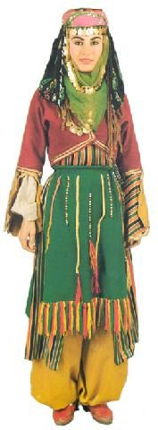 Traditional bridal (but also: general festive) village costume from the district of Dınar (province Afyon). Mid-20th century. This one is a recent workshop-made copy, as worn by folk dance groups.