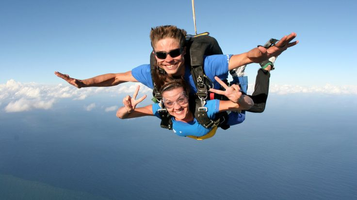 Experience tandem sky diving, only 30 minutes from Brisbane! On your tandem skydive, feel the awesome rush of up to 60 seconds of freefall as you leap out of a plane from up to 15,000ft. Take in stunning views of Brisbane and the coastline before landing on the beach!