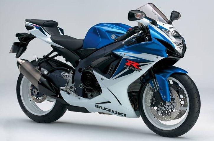 Untuk sektor belakang, Suzuki menyematkan suspensi tipe Monoshock yang mampu memberikan kenyamanan kepada pengguna.