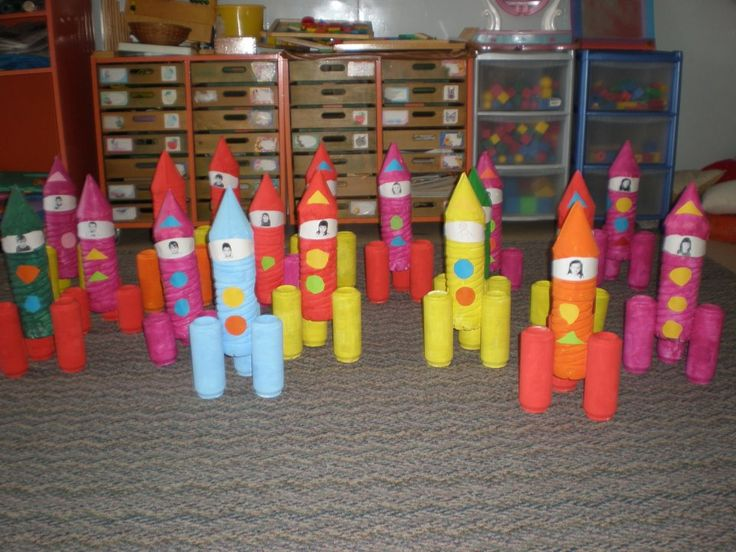 Loo roll rockets/space crafts