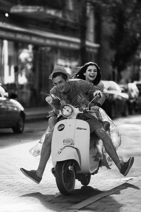 On monte sur sa moto, et on file direction le soleil avec son amoureux ce week-end !
