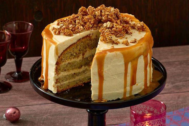 Karamell-Knusper-Torte - Mit dieser Torte wird jede Kaffeetafel zur Besonderheit: Allein schon, wie die dickflüssige Karamellsauce die Torte herunterläuft...