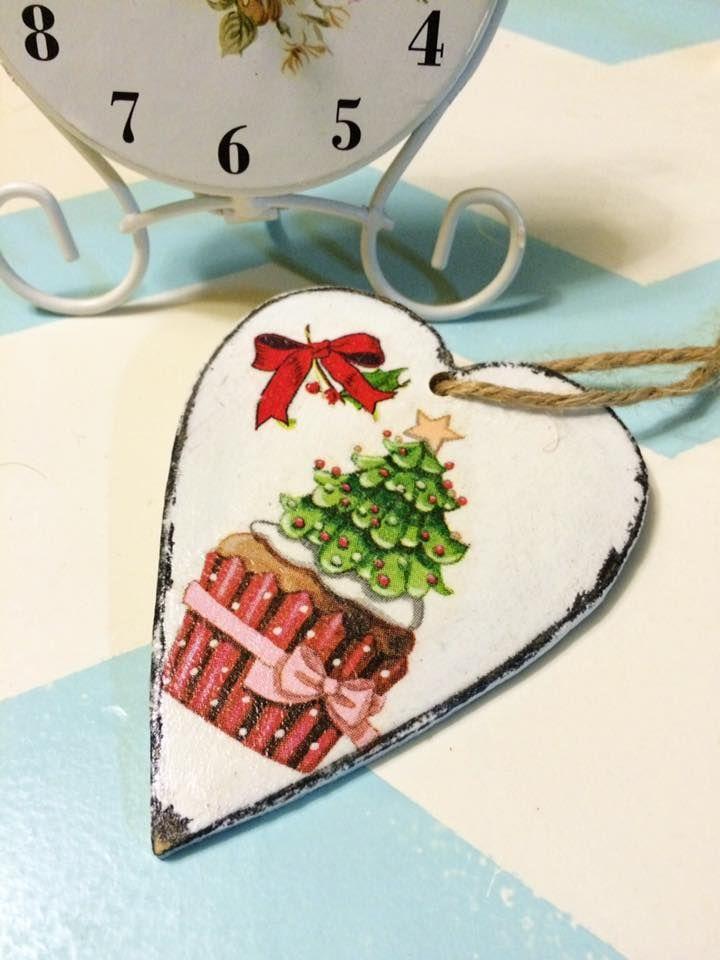 Decoupaged Christmas heart; cupcake