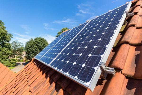 Como Instalar Placas Solares Pasos Y Consejos Profesionales En 2020 Instalacion De Paneles Solares Paneles Solares Sistema De Energia Solar