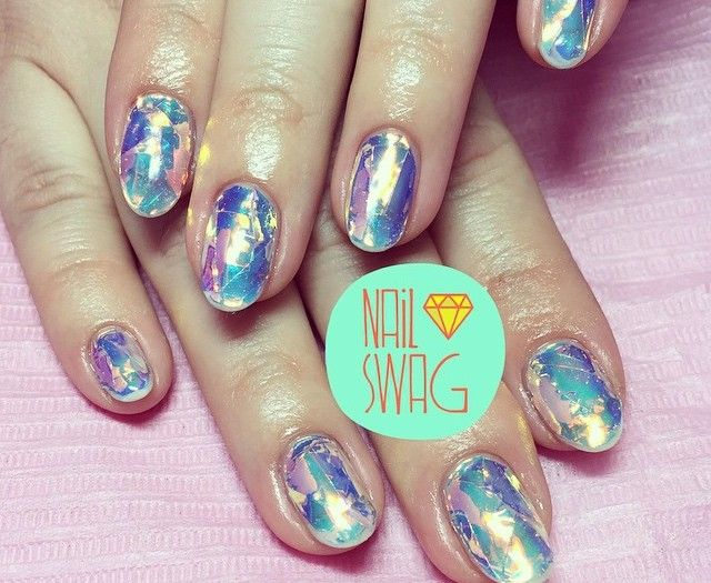 Nails of the Day: Opal Opulence