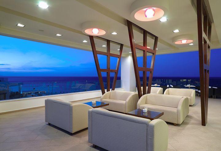 Blue Time - Lobby Bar