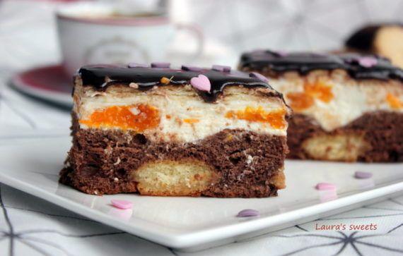 Prăjitură cu pișcoturi, iaurt și mandarine