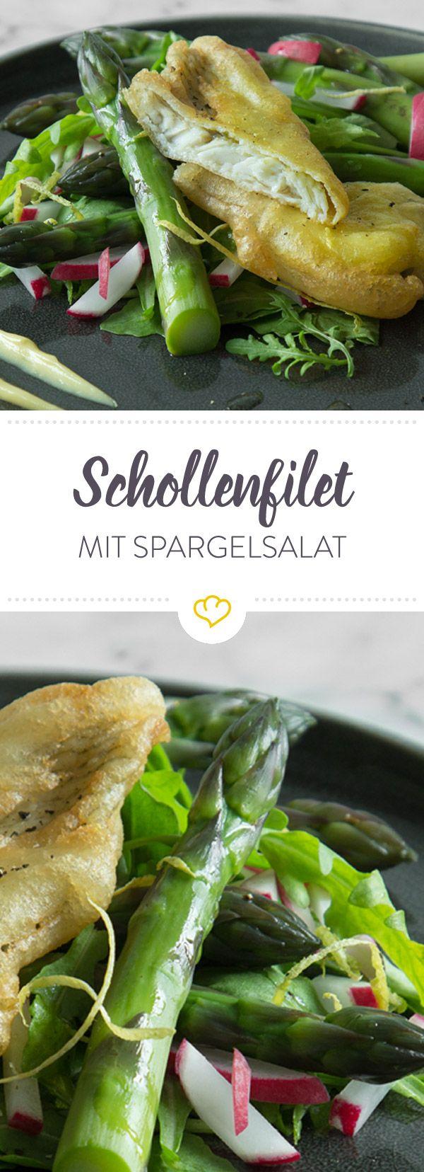 In knuspriger Zitronenpanade gegart betten sich die zarten Schollenfilets auf einem Salat aus frischem Spargel, Rucola und Radieschen.
