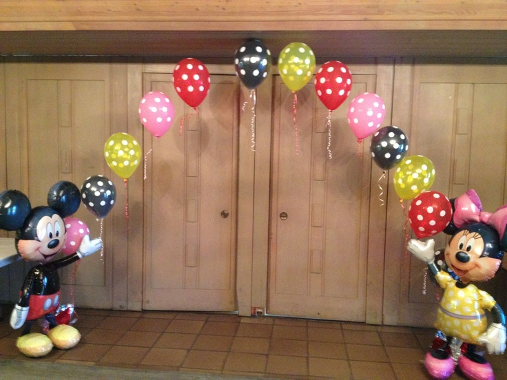 Mickey Mouse and Minnie Mouse Birthday Party Balloon Arch
