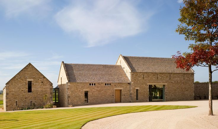 Converted Barn in Stow On The Wold, England by McLean Quinlan Architects