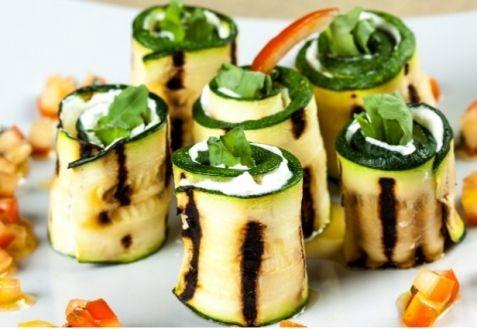 Роллы с цукини и козьим сыром | Закуски | Рецепти | ONLINE.UA