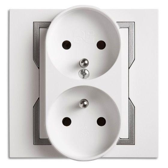 Gniazdo 2x2P+Z modułowe Biały + srebrny element zdobniczy Elektro Plast  Quattro  - 1143-10