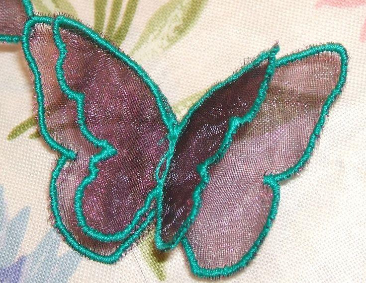 broderie machine papillons simples brodés en 3D pour customiser : Ecussons, appliques par be-a-zen-broderie