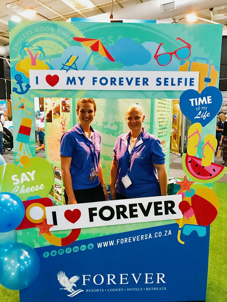 Let us take a selfie of you and print a commemorative photo to mark this occasion! @beeldshow #ForeverLove #ForeverCare