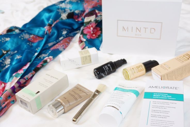 Mintd Refine Box #body #skincare #moisturiser #exfoliator #scrub #legs #model #beauty
