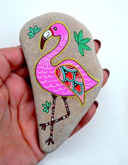 Steine bemalen kräftige Farben rosa Flamingo sehr…