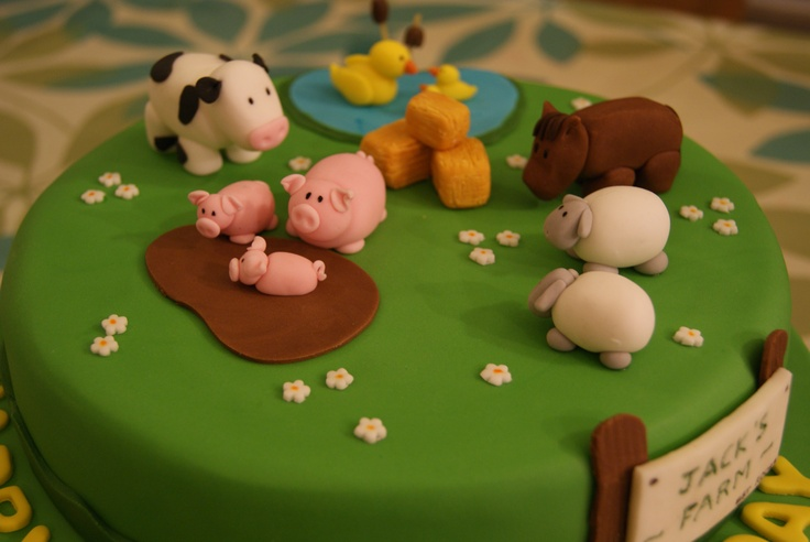 Farm Cake - can add any other animals and farm sign can be personalised every time