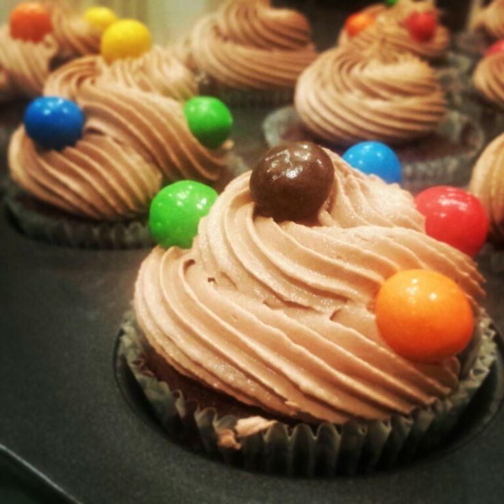 Nutella buttercream on chocolate cupcakes