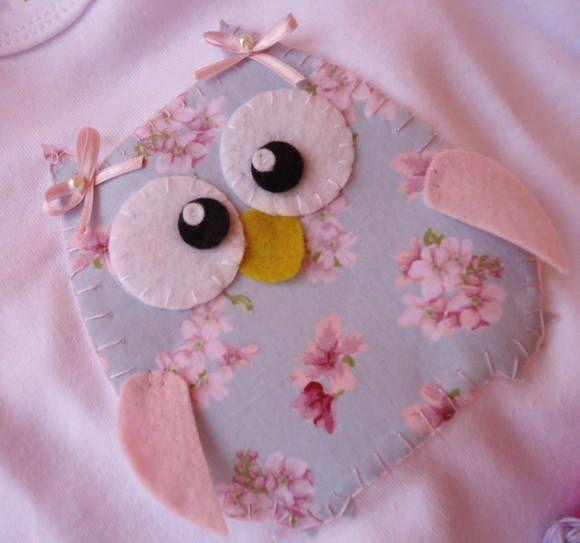 Body para bebê , com aplicação de corujinha , tecido de algodão.