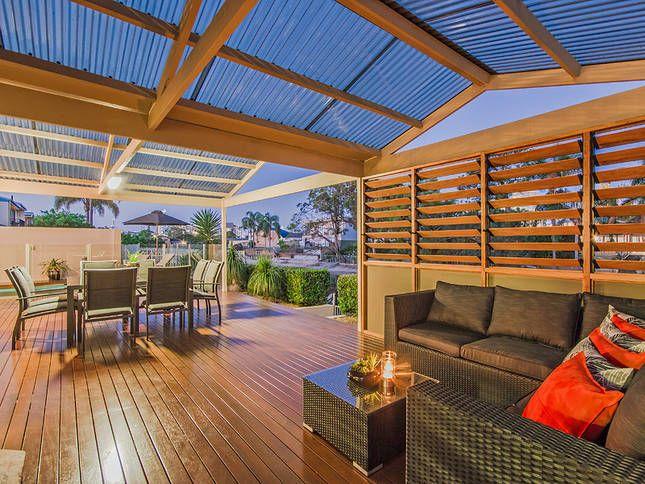 SUNSHINE IN BROADBEACH, a Gold Coast Waterfront House | Stayz