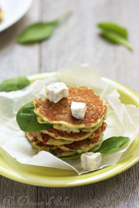 Pancakes salati o frittelle agli spinaci e gorgonzola